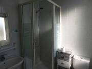 Une salle de bain privée
